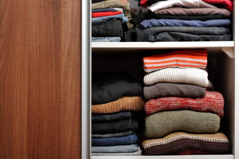 Clothes Storage Tip Lay Flat