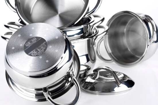 Downsize Kitchen Pots and Pans like these to make moving easier