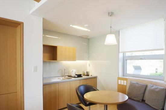 Tiny apartment needs storage