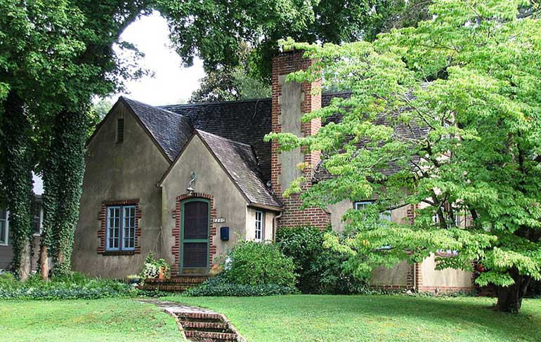 historic home located in one of the best neighborhoods in Knoxville