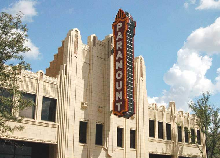the historic paramount theater in the city of amarillo